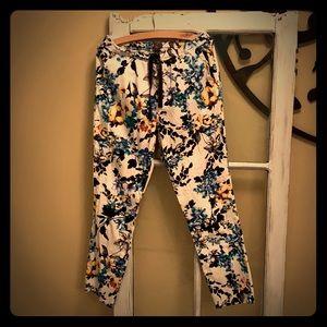 Scrubs- Jaanuu floral pants